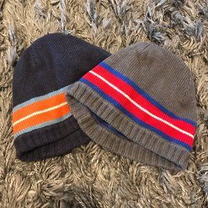 GAP reversible set of hats
